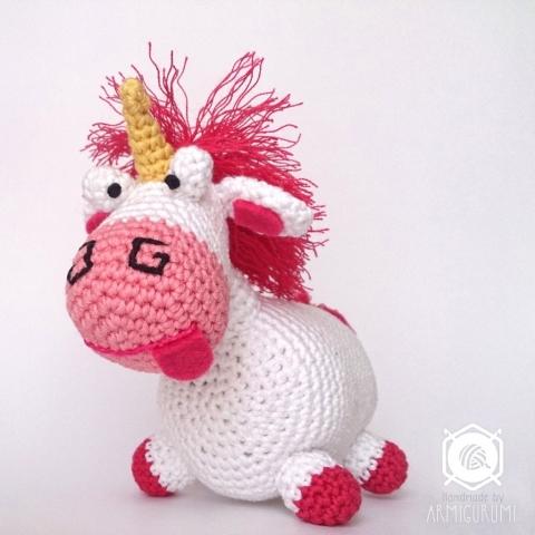 Fluffy Unicorn from Despicable Me Movie - amigurumi free crochet pattern by Little Yarn Friends
