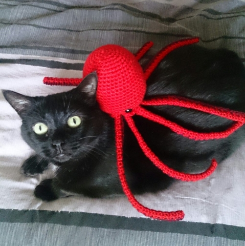 Mr Otis Ink Octopus - amigurumi free crochet pattern by Maria Hvolbek