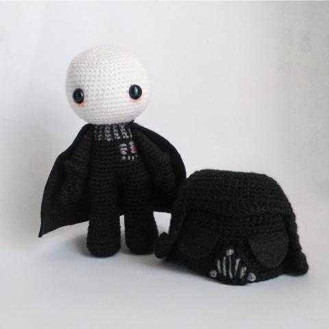 Darth Vader amigurumi crochet pattern by Armigurumi